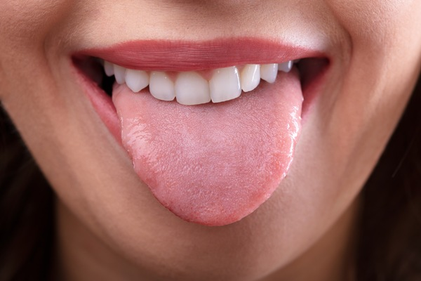Port Orange Dentist: 6 Ways to Take Better Care of your Tongue